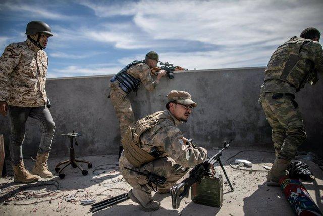 Libia.- Mueren siete personas por la explosión de varias minas antipersona en el