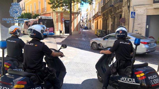 Policías nacionales en el centro de Jerez