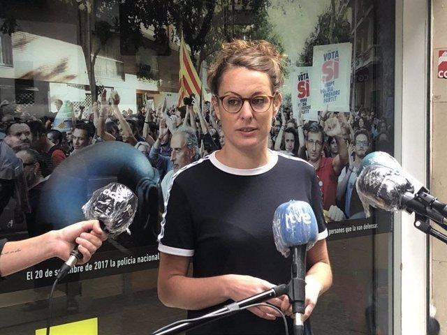 Mireia Vehí (CUP) en declaracions als mitjans.