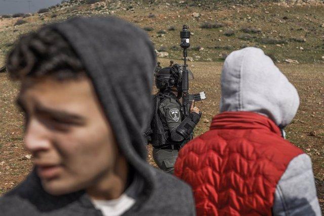 O.Próximo.- Emiratos lanza un inusual aviso a Israel contra la anexión de los as