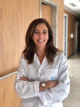 La doctora Lucía Díaz Cañaveral, especialista del Servicio de Neumología.