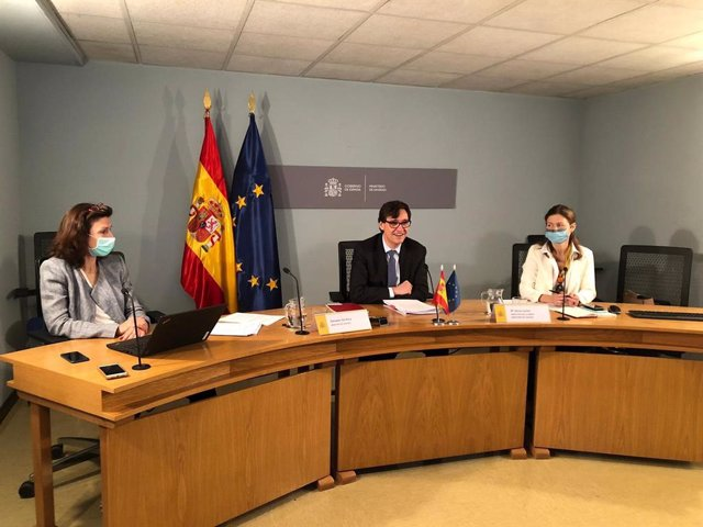 El ministro de Sanidad, Salvador Illa, ha participado hoy en la reunión informal de ministros de la Unión Europea, donde ha mostrado su Apoyo al Acuerdo de Compra Anticipada de vacunas contra el Covid-19 de la Unión Europea.