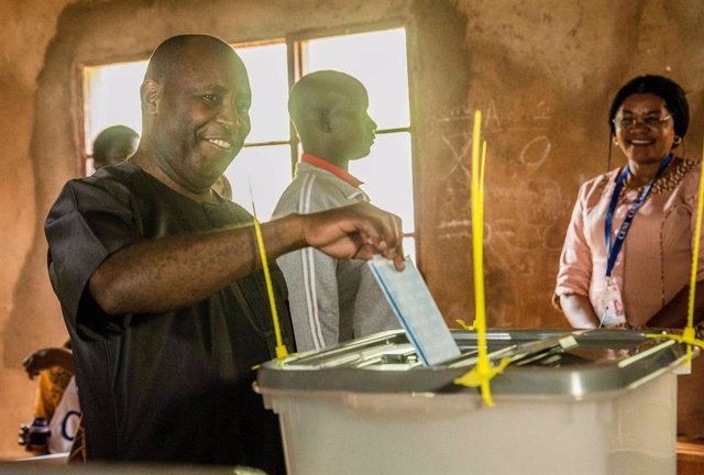 Burundi.- El Constitucional de Burundi ordena que el presidente electo asuma el