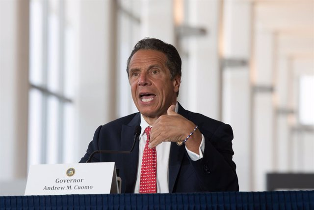 EEUU.- Nueva York aprueba la nueva reforma policial que criminaliza los estrangu