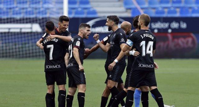 Fútbol/Segunda.- (Crónica) El Huesca regresa mirando al ascenso y Sandoval debut