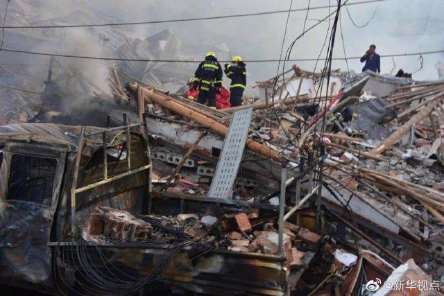 Explosión de un camión de gasolina en Zhejiang (China)
