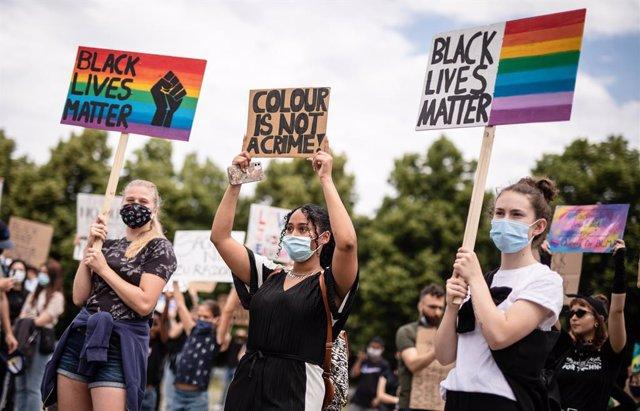 Alemania.- Cerca de 2.000 personas se manifiestan contra el racismo en las ciuda