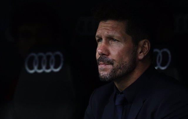 """Fútbol.- Simeone: """"No ganar genera vértigo, pero tenemos que convivir con eso"""""""
