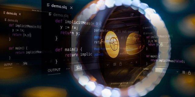 Primer lenguaje de programación intuitivo para computadora cuántica