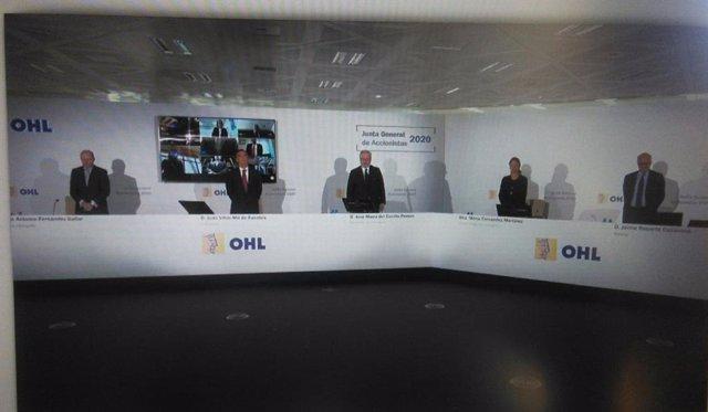 Economía/Empresas.- Los Amodio 'asisten' a su primera junta de OHL de forma tele