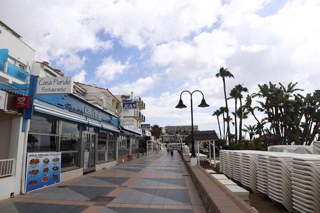 Vistas  del paseo marítimo de La Carihuela en Torremolinos. Málaga a 15 de mayo del 2020