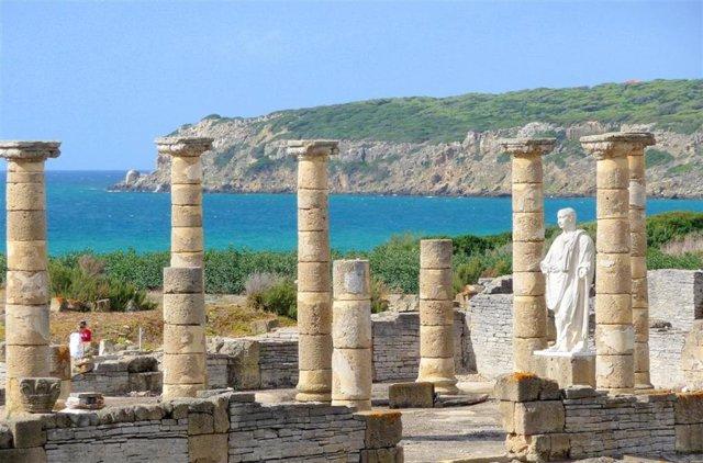 Ruinas romanas de Baelo Claudia en Bolonia, Tarifa