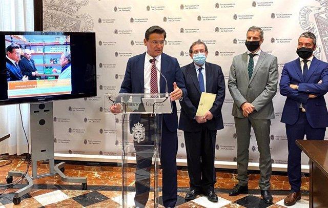 Rueda de prensa de balance del primer año de mandato de Luis Salvador al frente del Ayuntamiento de Granada