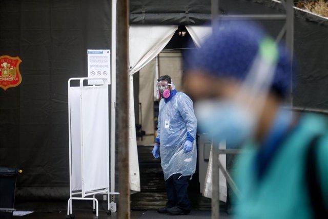 Trabajadores sanitarios en Chile durante la pandemia de coronavirus