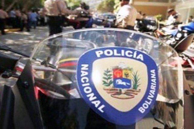 Venezuela.- Ordenan la detención por homicidio del secretario general de un pequ