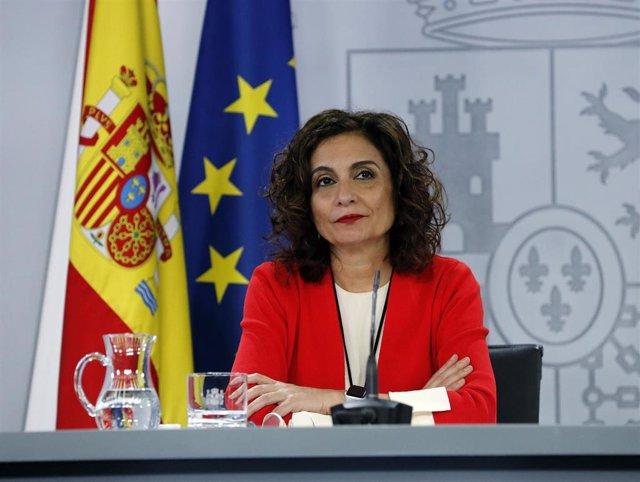 La ministra portavoz y de Hacienda, María Jesús Montero, comparece en rueda de prensa posterior al Consejo de Ministros celebrado en Moncloa, en Madrid (España), a 9 de junio de 2020.