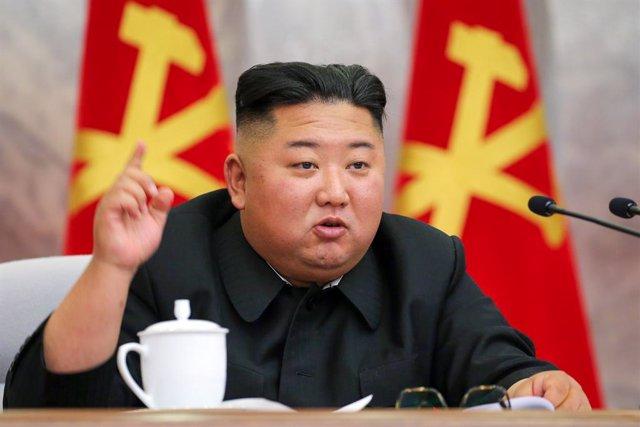 Corea.- Corea del Norte destruye la oficina de enlace con el Sur tras cortar las