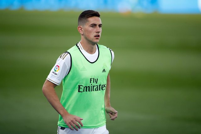 Fútbol.- Real Madrid y Real Valladolid acuerdan el traspaso de Javi Sánchez al c