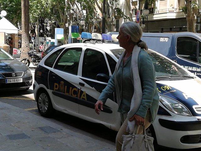 La exconcejal del PP en Cort Irene San Gil, que fue detenida en el caso ORA en 2016 y posteriormente desimputada, entrando a declarar como testigo en el TSJIB en la causa contra Penalva y Subirán.