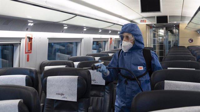 Desinfección de los trenes de Renfe