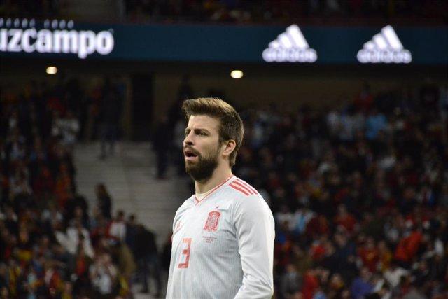 """Fútbol.- Piqué: """"Me rompí la cara por España, viva el Rey!"""""""