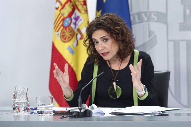 La ministra portavoz y de Hacienda, María Jesús Montero, comparece en rueda de prensa posterior al Consejo de Ministros celebrado este martes en Moncloa.