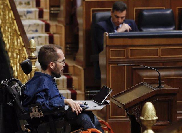 El portavoz de Unidas Podemos, Pablo Echenique, en el Congreso