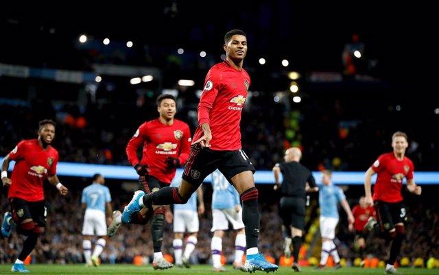 Marcus Rashford celebra un gol con el Manchester United.