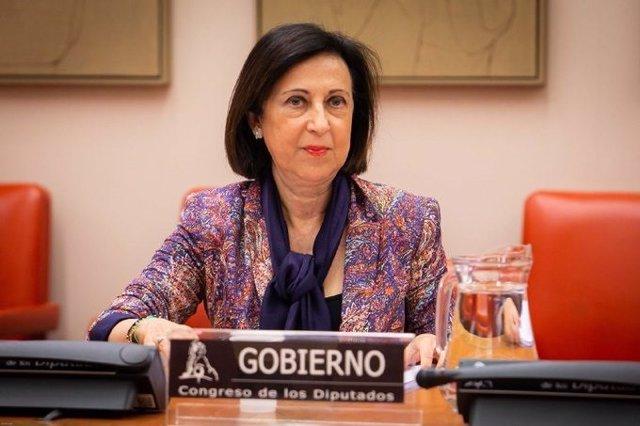 La ministra de Defensa, Margarita Robles, en la Comisión de Defensa del Congreso