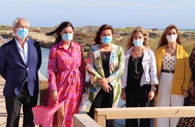 Cádiz.- Crespo inaugura el sendero de Camposoto, que acerca valores medioambient