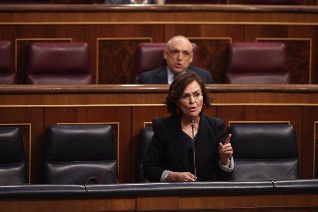 La vicepresidenta primera del Govern espanyol, Carmen Calvo, intervé durant la sessió plenària de control al Congrés dels Diputats.