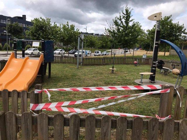 Parque infantil cerrado en Santiago