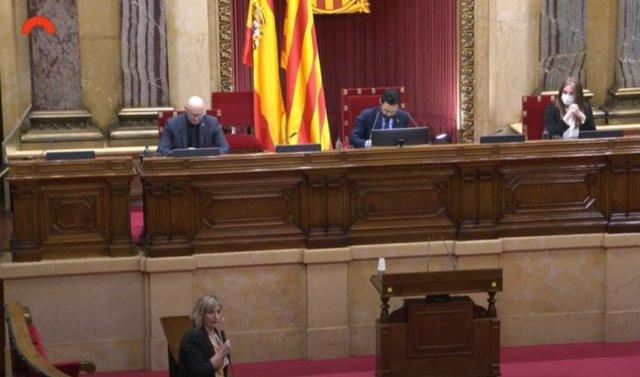 La consellera de Salud Alba Vergés durante el pleno del 17 de junio