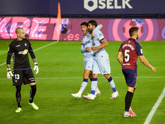Fútbol/Primera.- Crónica del Osasuna - Atlético de Madrid, 0-5