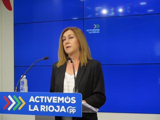 La diputada del PP, Begoña Martínez, en comparecencia de prensa