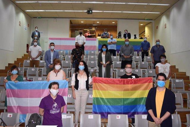 Orgullo de ti, la campaña de la Junta por el día del Orgullo Lgtbi.