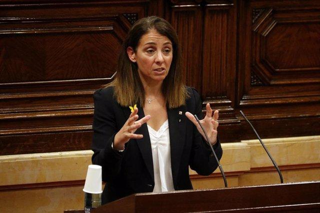 La consellera de Presidència i portaveu del Govern, Meritxell Budó, en el ple del Parlament del 18 de juny.
