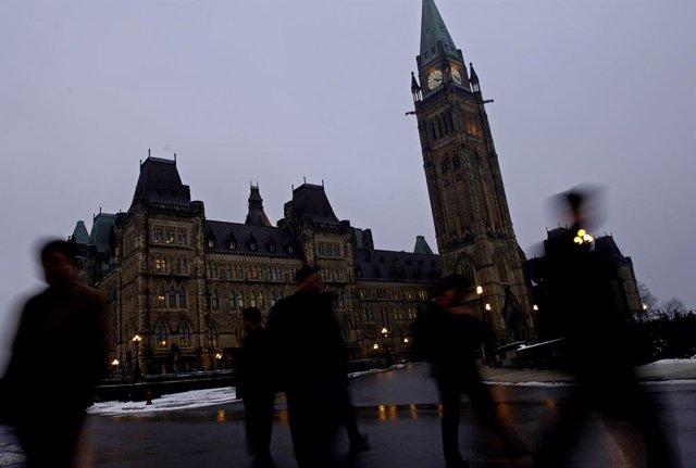 """Canadá.- Expulsado del Parlamento un diputado canadiense por llamar """"racista"""" a"""