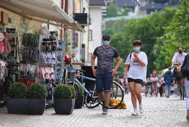 Coronavirus.- Italia registra un repunte en el número de muertos y el primer aum