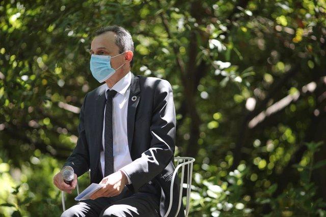 El ministro de Ciencia e Innovación, Pedro Duque, durante un coloquio científico en el Real Jardín Botánico durante el Día Mundial del Medioambiente. En Madrid (España), a 5 de junio de 2020.