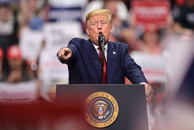 "AMP.- Coronavirus.- Trump admite que ""un pequeño porcentaje"" se contagiará de co"