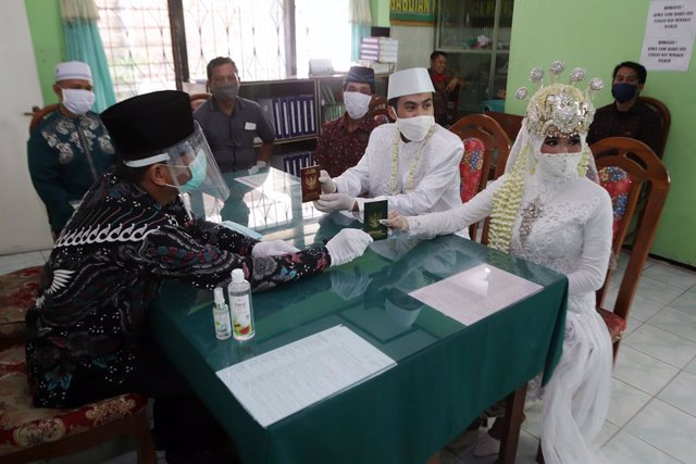 Coronavirus.- La pandemia de coronavirus supera los 450.000 muertos con más de 8