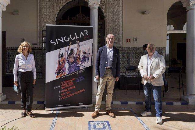El delegado municipal de Cultura, Antonio Muñoz, en la presentación del Singular Fest, que llenará de música y teatro las noches de julio en la Plaza de España