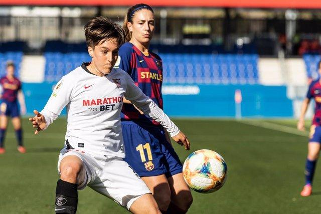 """Fútbol.- Jugadoras de la Liga Iberdrola, en contra de las """"cláusulas abusivas"""" d"""