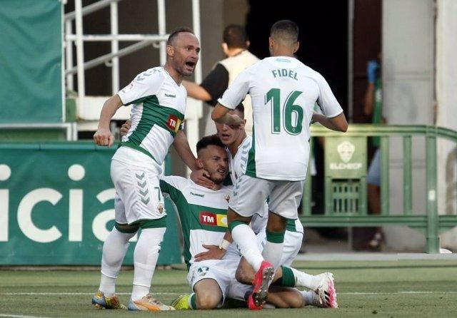 Fútbol/Segunda.- El Elche regresa al 'playoff' tras una victoria crucial ante el
