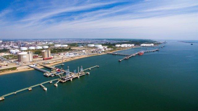 Vista aérea del puerto de Huelva.