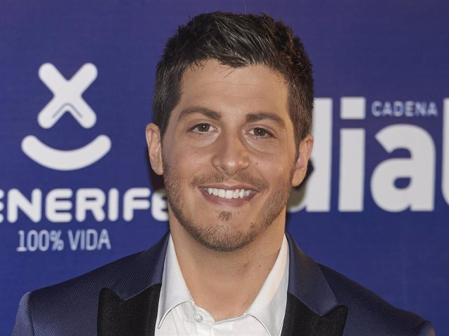 Nando Escribano attends the Cadena Dial Awards 2014 at the Recinto Ferial Auditorium on March 5, 2015 in Tenerife, Spain.