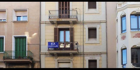 1. El 26% de refugiados en Catalunya ha dormido alguna vez en la calle, según un estudio del Cidob