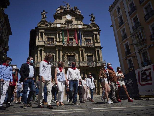 Manifestación en Pamplona del mundo del toro, ganaderos, toreros, corredores de encierro, aficionados , a favor de los festejos taurinos , paralizados por el covid19.