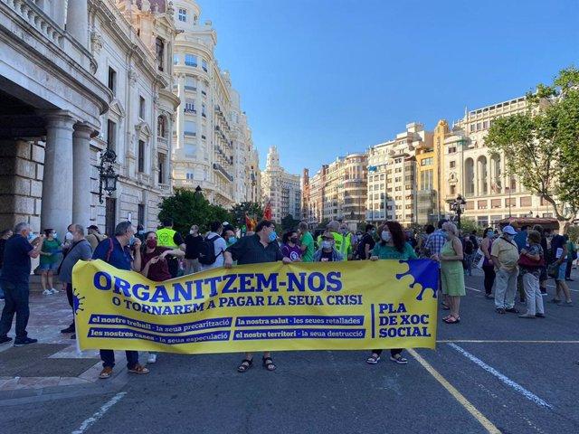 Manifestación en València contra la reforma laboral y la privatización